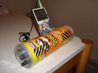 Pringles-ipod-dock